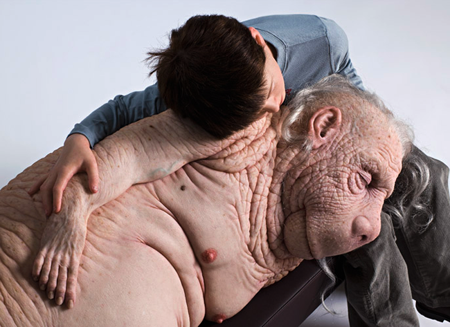Patricia Piccinini hyper realists sculptures